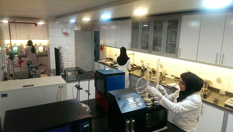 آزمایشگاه تحقیق و توسعه کیمیاگران بهزیست